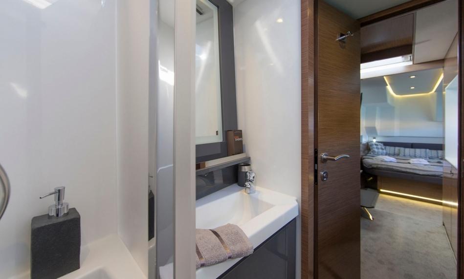 Salle de bains du MY 37